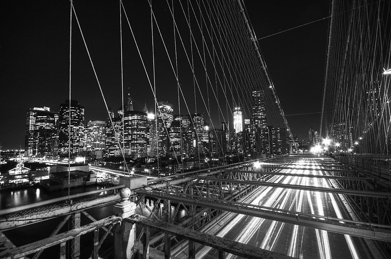 Brooklyn Bridge and Financial District at dusk © Apostolos Zabakas