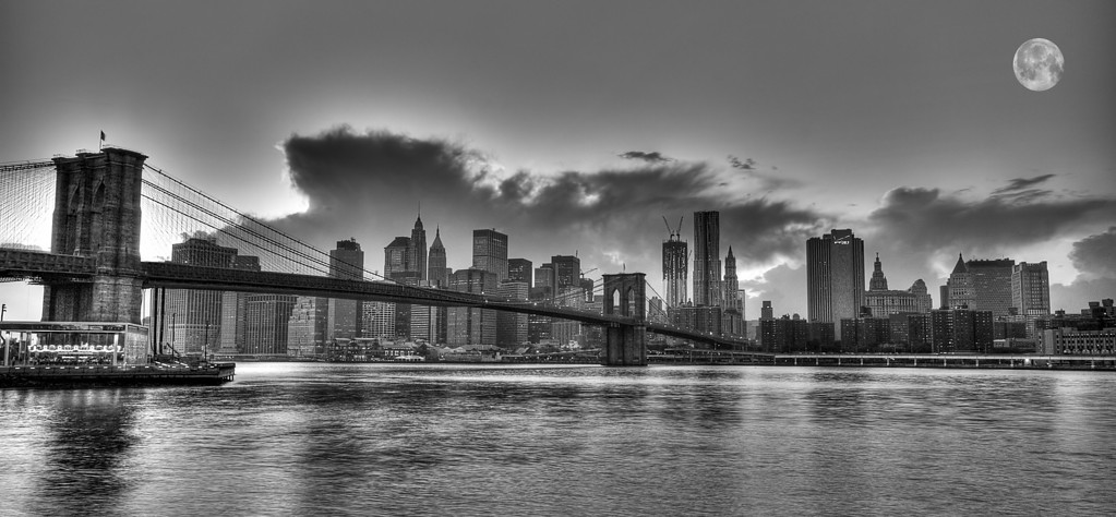Brooklyn bridge © Apostolos Zabakas